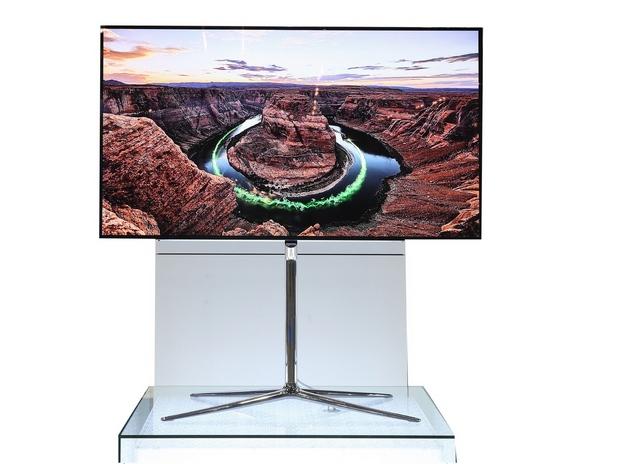 55-инчовият OLED телевизор на Samsung получи първи по рода си сертификат от UL